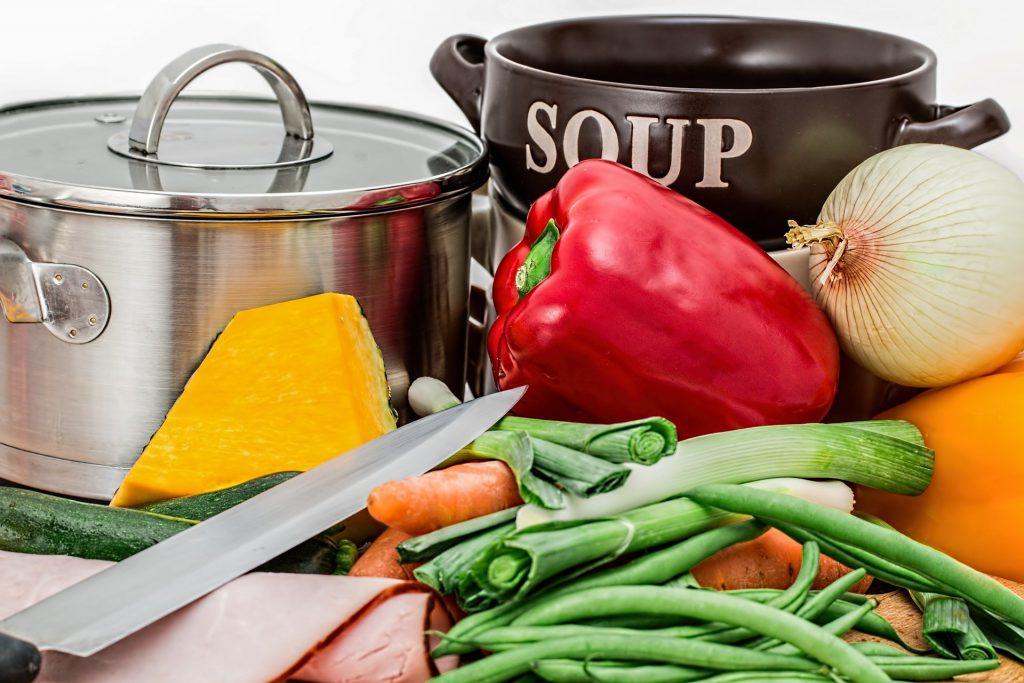 מה חשוב לדעת לפני שמקימים עסק בתחום האוכל הביתי.